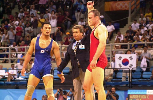 Cael Sanderson winning his Olympic Gold Medal.