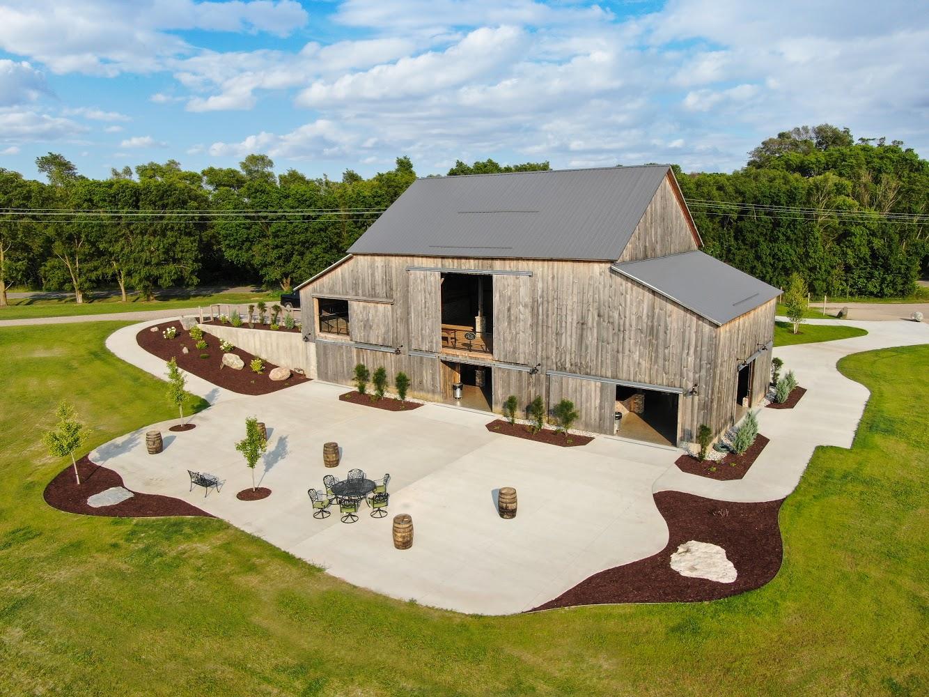 Your Dream Barn Wedding Space! - Shelby, Michigan