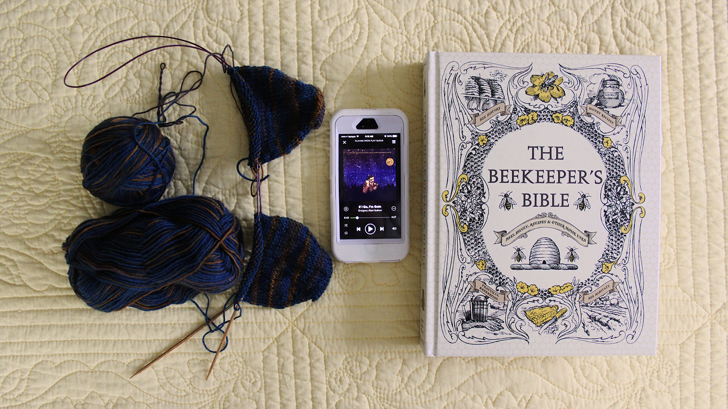 Liesl Made : Yarn Along : Knitting and Read (and Listening Too)