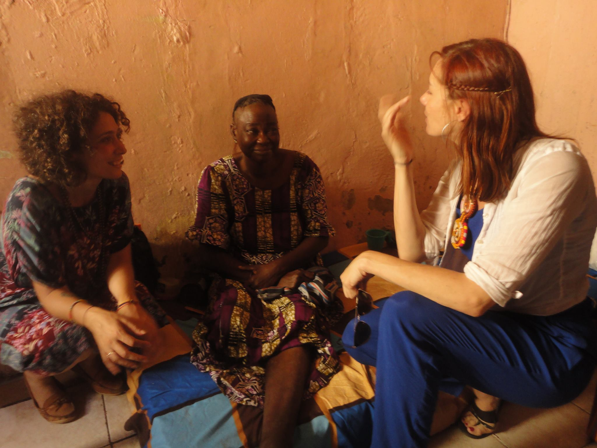 Research Methods - Doing ethnical and collaborative work with women, youth and minoritized people worldwide.