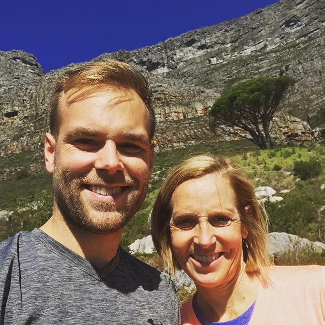 Best birthday present ever! Getting to pick up @ksweidner at the Cape Town airport! Here's to week of glory with her here and another year in ahead! :) . . #momstagram #birthday #capetown #tablemountain #hike #mama #sunny #family #visit