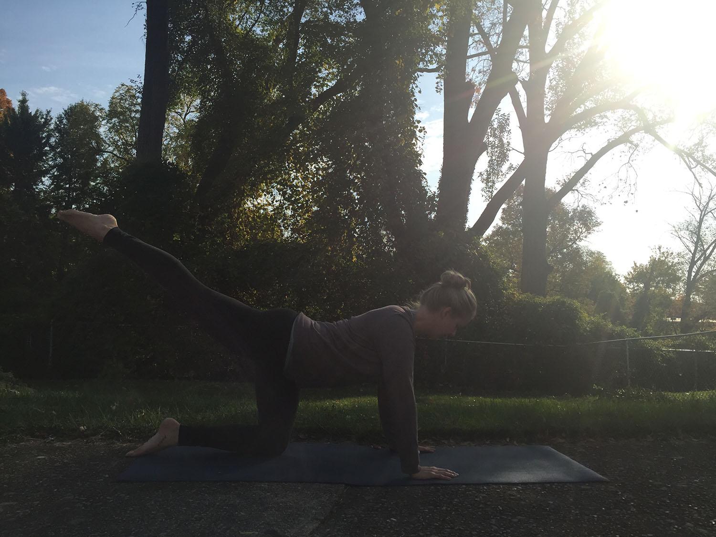 STRAIGHT LEG EXTENSION - Lengthen through the torso and leg. Reach LONG.