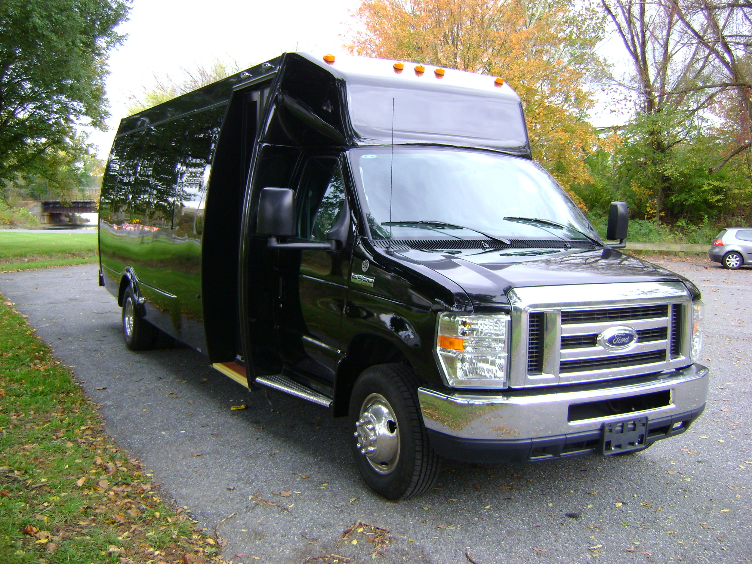 e450-16-pax-with-tablesANGLEFROMFRONT.jpg