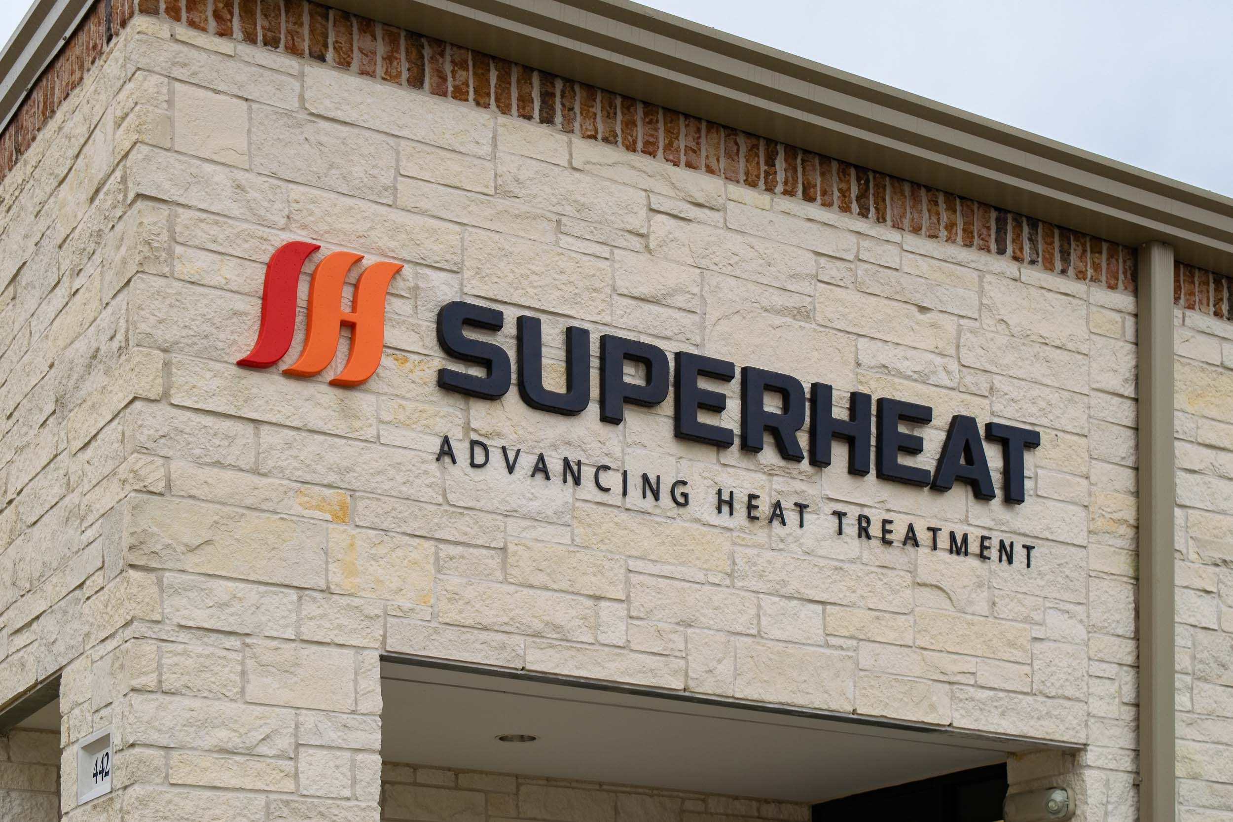 SuperHeat - Formed Plastic Letters