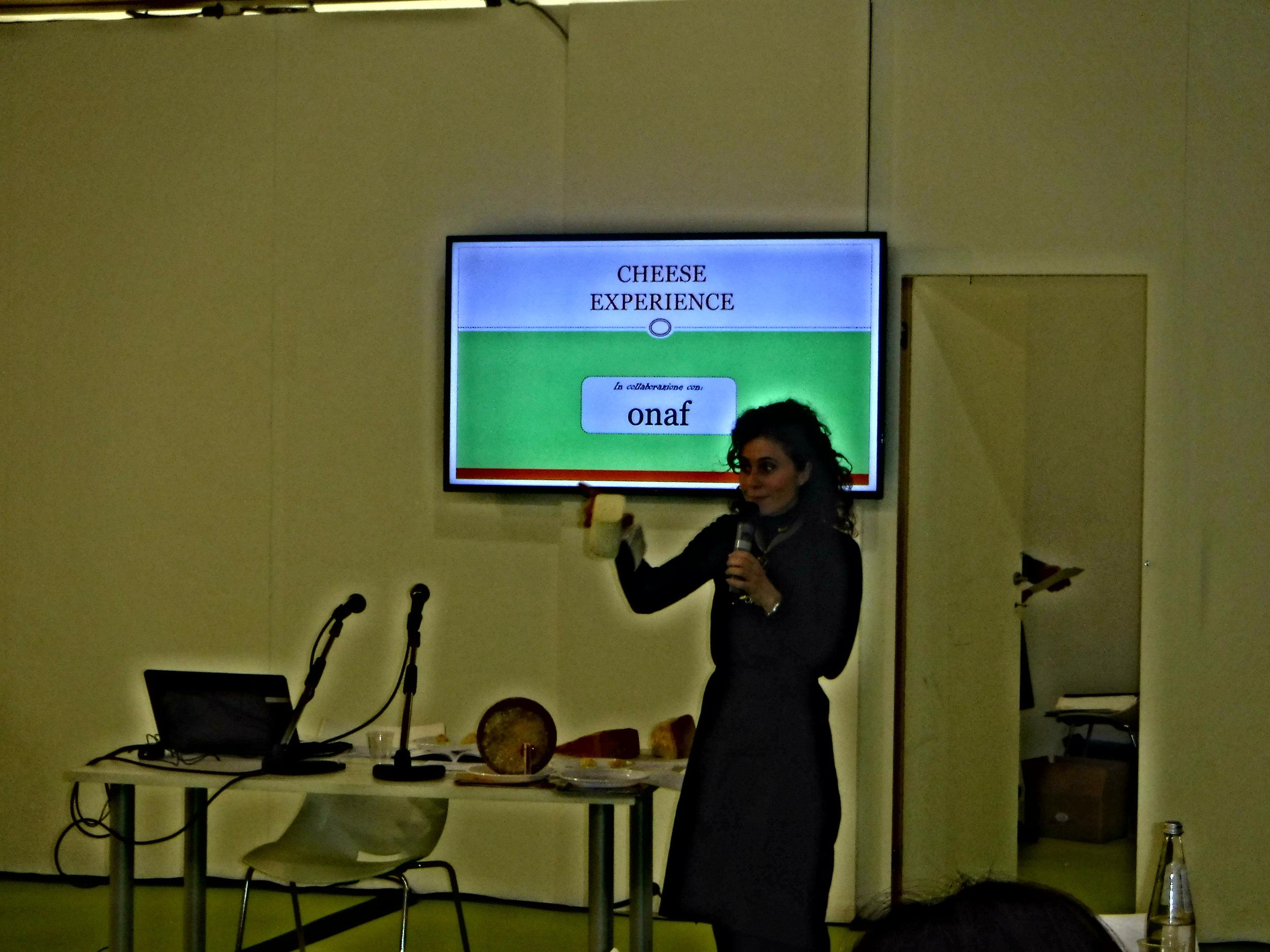4.Sol&AgrifoodTasting with TheItalianNationalOrganizationOfCheeseTasters.JPG