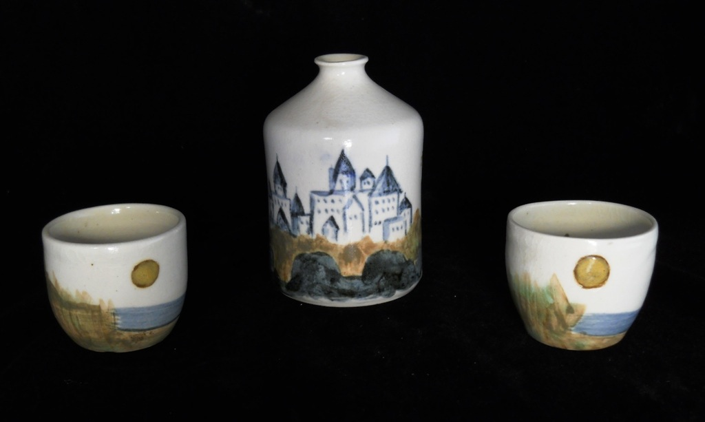 Porcelain Sake Set, View 2