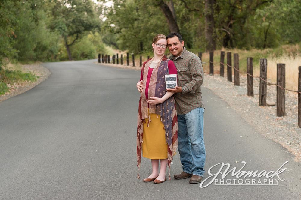 Sarah&Raul-Maternity_0001.jpg