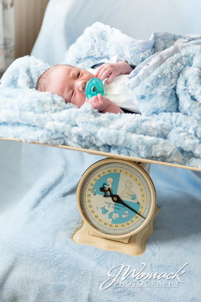 WayneLouis-Newborn_0004.jpg