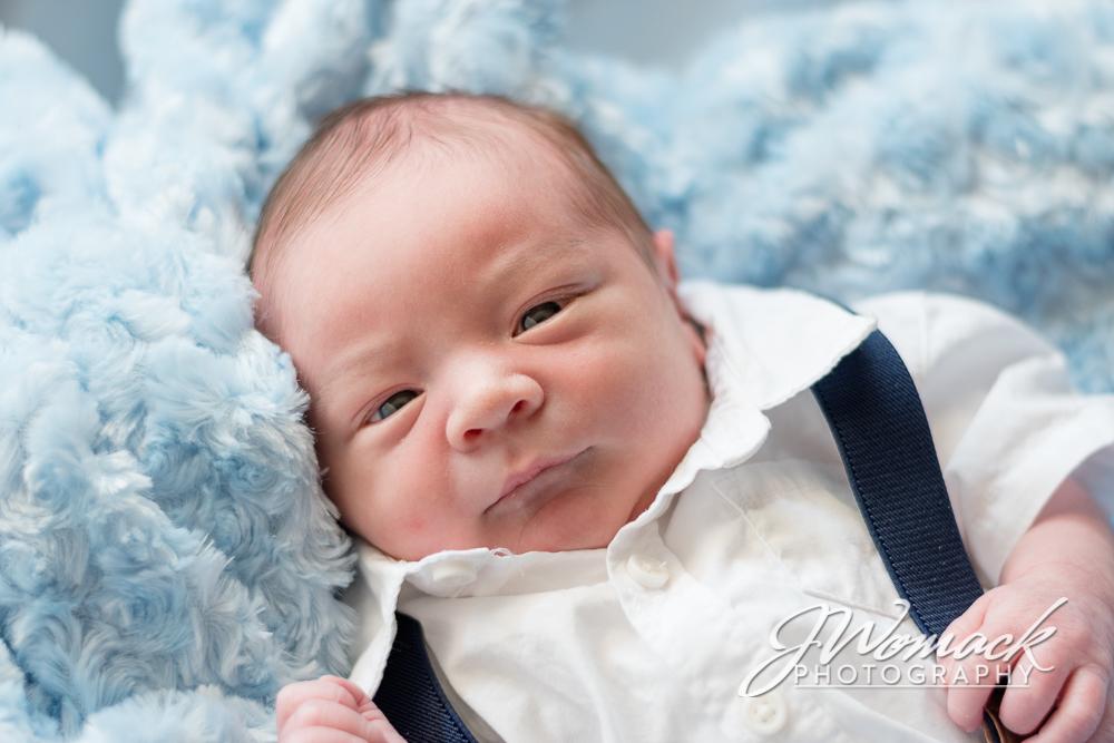 WayneLouis-Newborn_0011.jpg