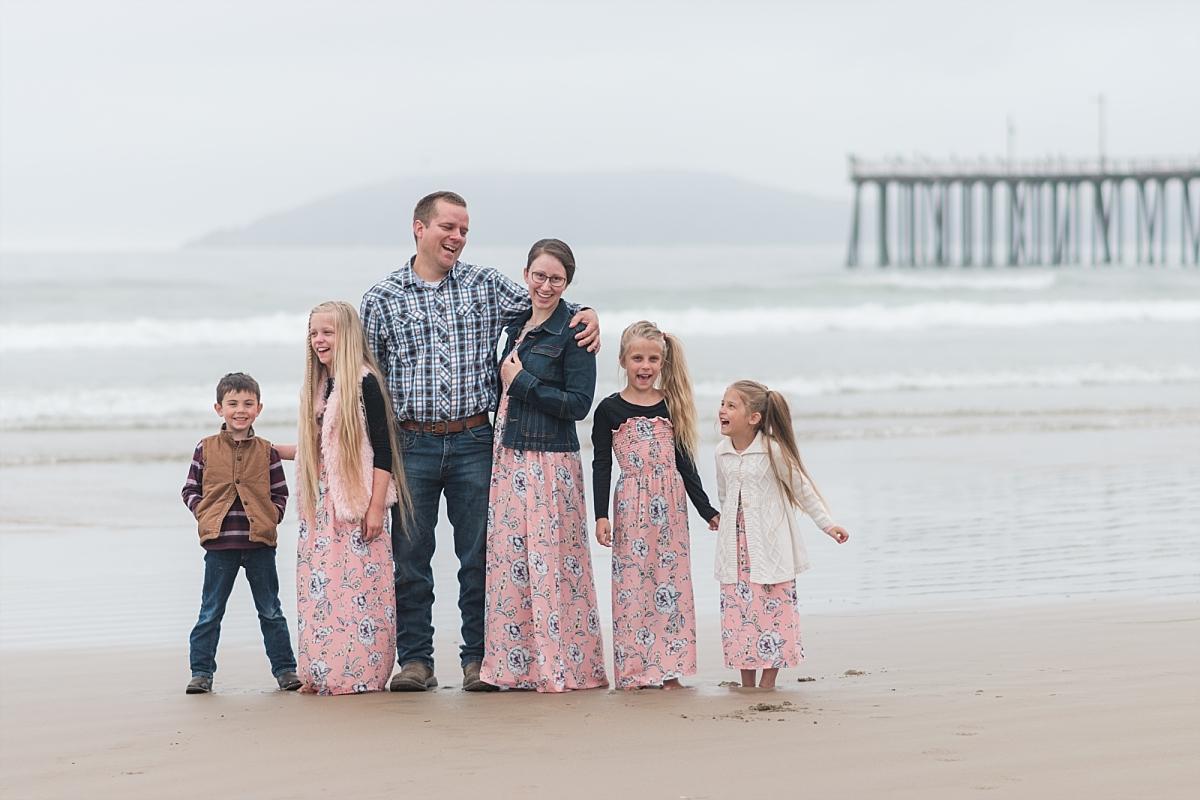 Fun Family Photos at Pismo Beach California_0004.jpg