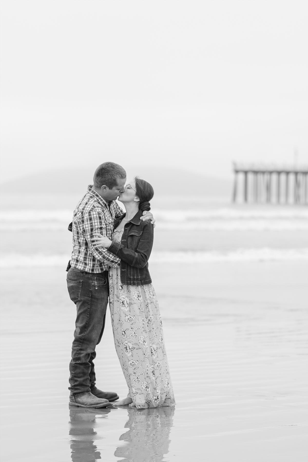 Fun Family Photos at Pismo Beach California_0011.jpg