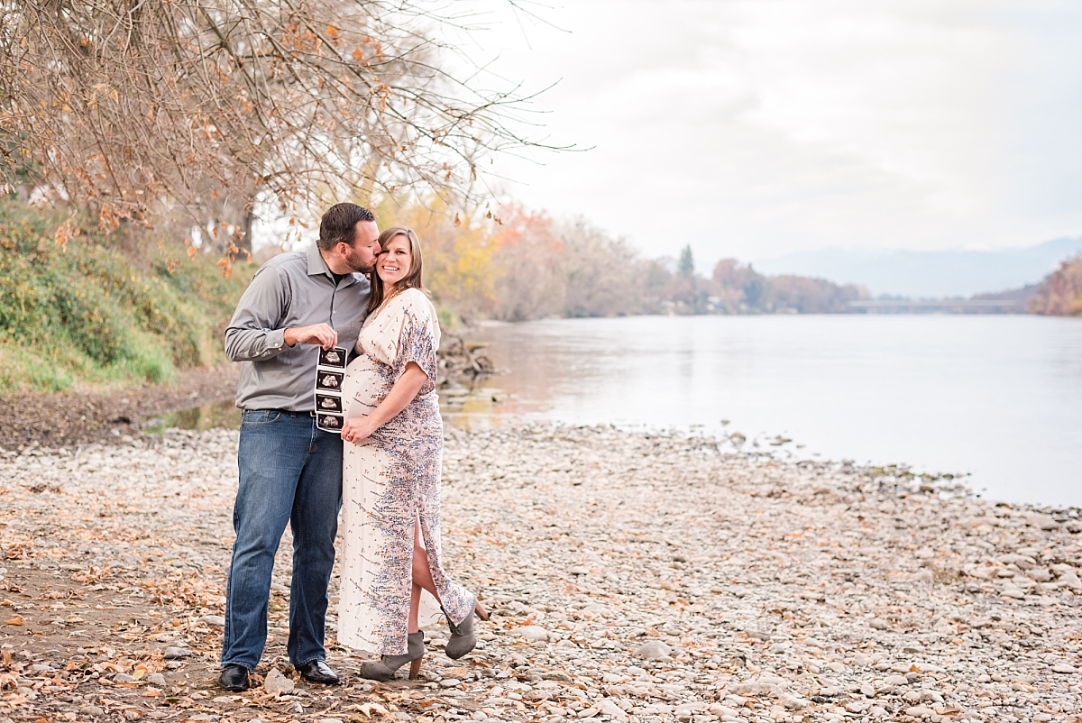 winter maternity session thru the fields and to the river_0021.jpg