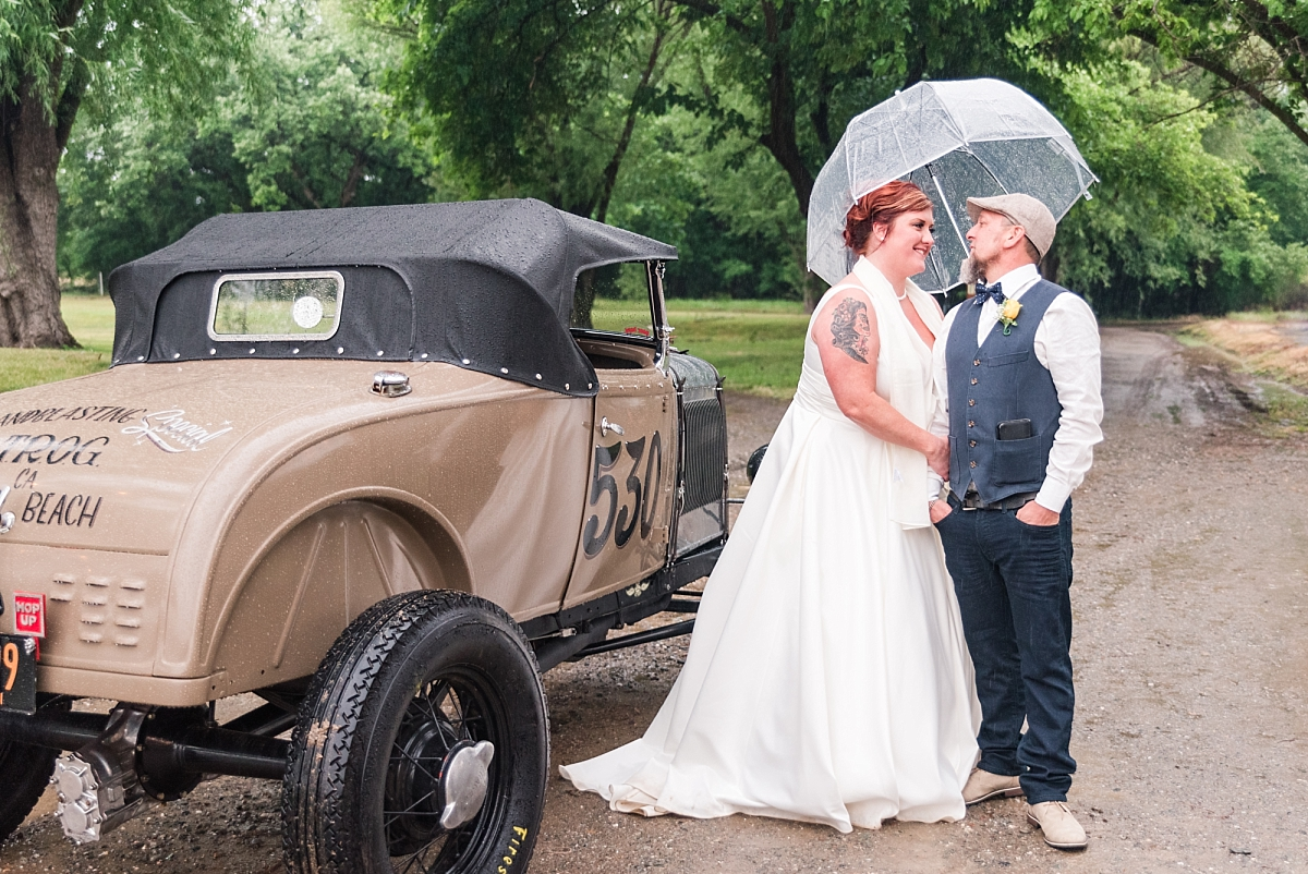 red bluff wedding at oak creek golf course with vintage car_0296.jpg