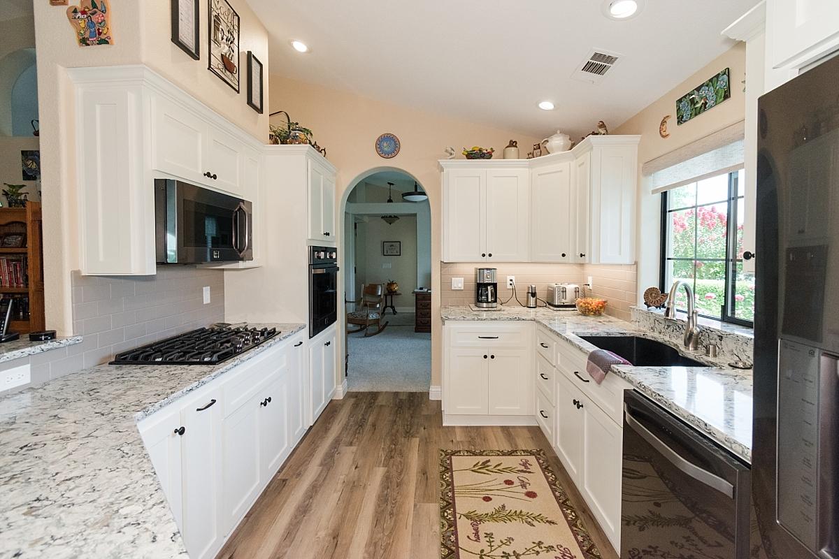 ceramic designs kitchen flooring remodels new construction_0385.jpg