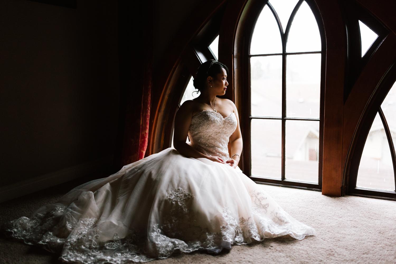 sumner_winter_indoor_wedding_lifestyle_wedding_photographer-90.jpg