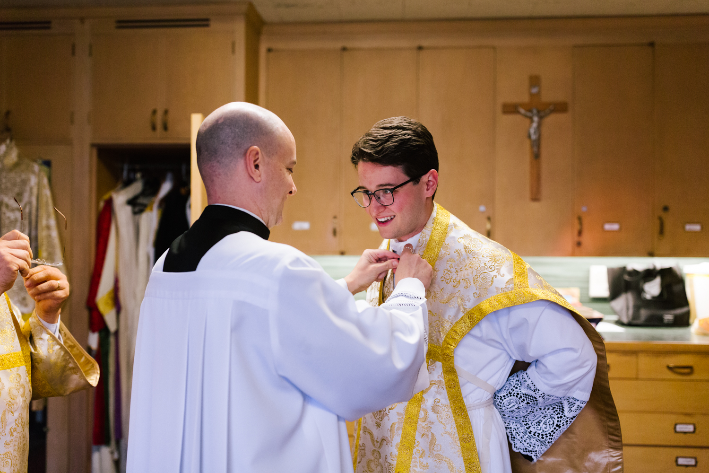 father_lou_first_mass_saint_anthony_renton-16.jpg