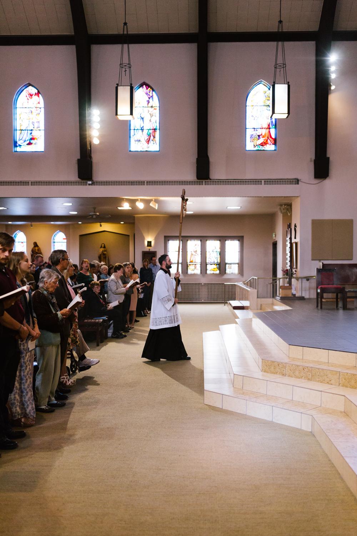 father_lou_first_mass_saint_anthony_renton-20.jpg