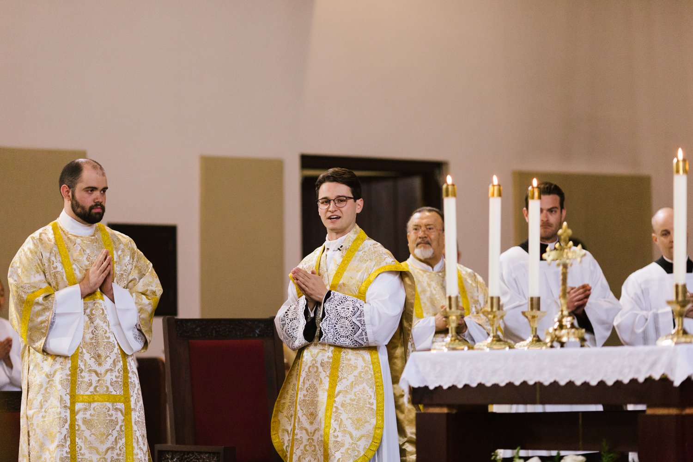 father_lou_first_mass_saint_anthony_renton-23.jpg