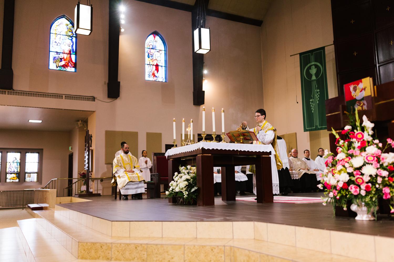 father_lou_first_mass_saint_anthony_renton-37.jpg