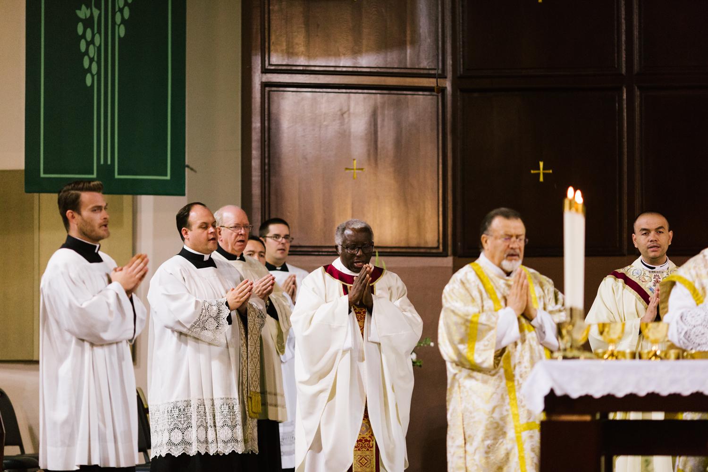 father_lou_first_mass_saint_anthony_renton-47.jpg