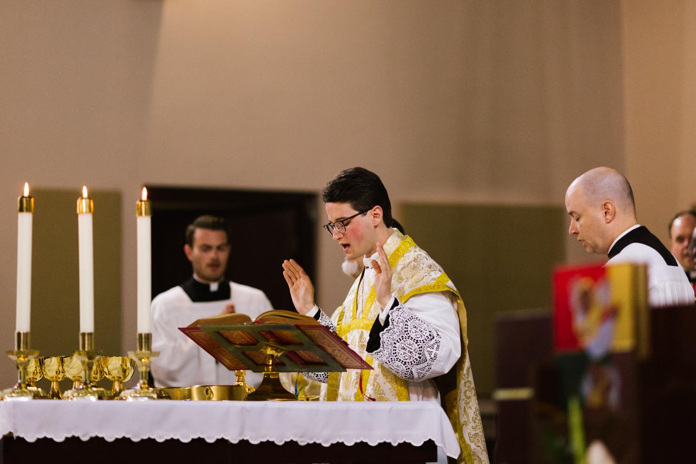 father_lou_first_mass_saint_anthony_renton-50.jpg