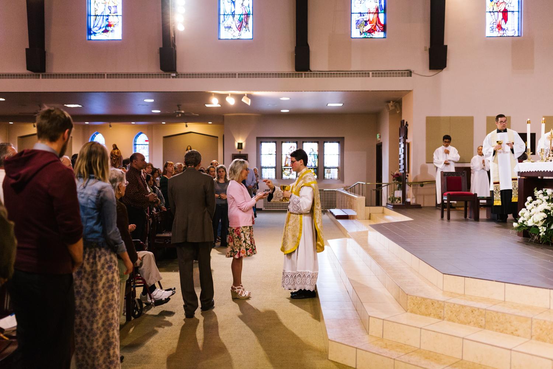 father_lou_first_mass_saint_anthony_renton-53.jpg