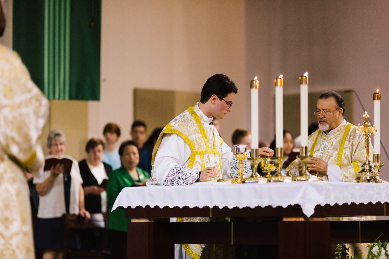 father_lou_first_mass_saint_anthony_renton-55.jpg