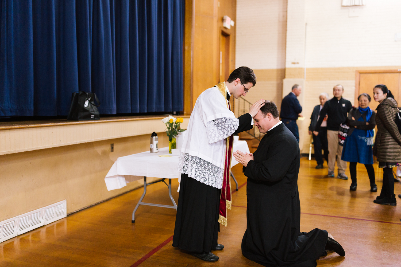 father_lou_first_mass_saint_anthony_renton-79.jpg