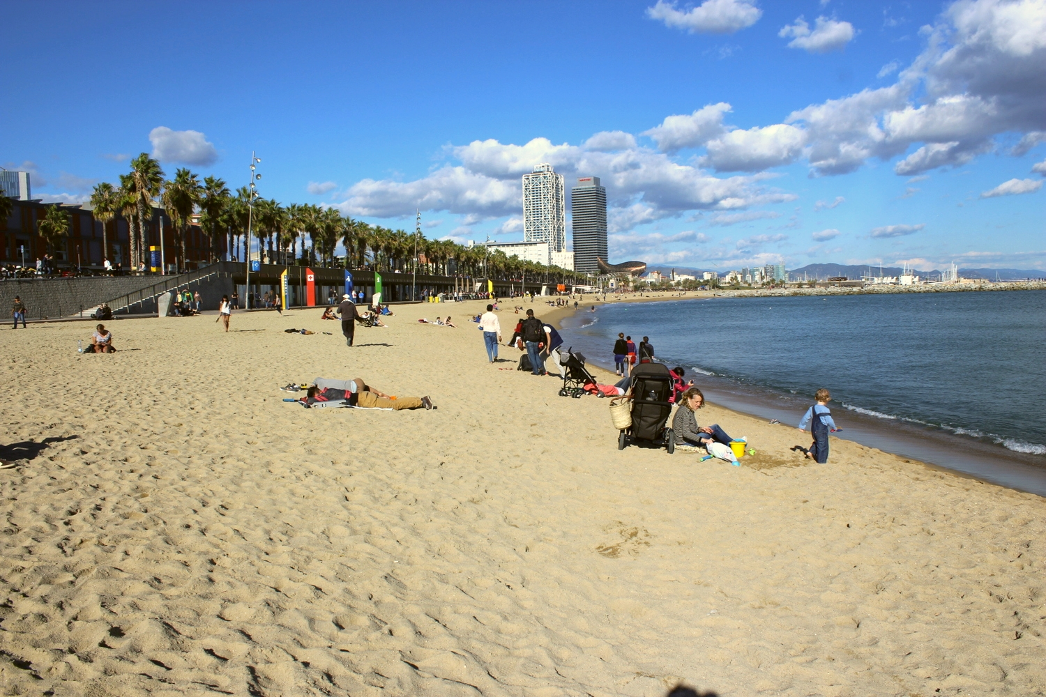 The beautiful Barcelona Playa.
