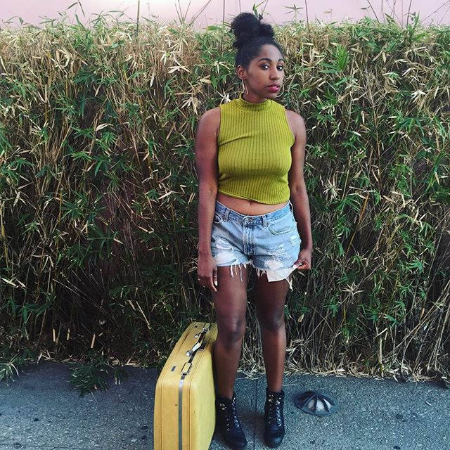 "@slayycole : ""Love my new suitcase💛  Thank you @mariaalvarez for the 30 buck steal😩 I promise to take it amazing places!"" Shot by @chandraliz  #thrift #amazingfinds #inlove #whatasteal #adventuretime #wanderlust #escape #roadtrips #newbeginnings #travelblogger #santamonica #calilivin #blackgirlstravel #cntraveler #condenasttraveler #instatravel #photooftheday #saturdayselfie"