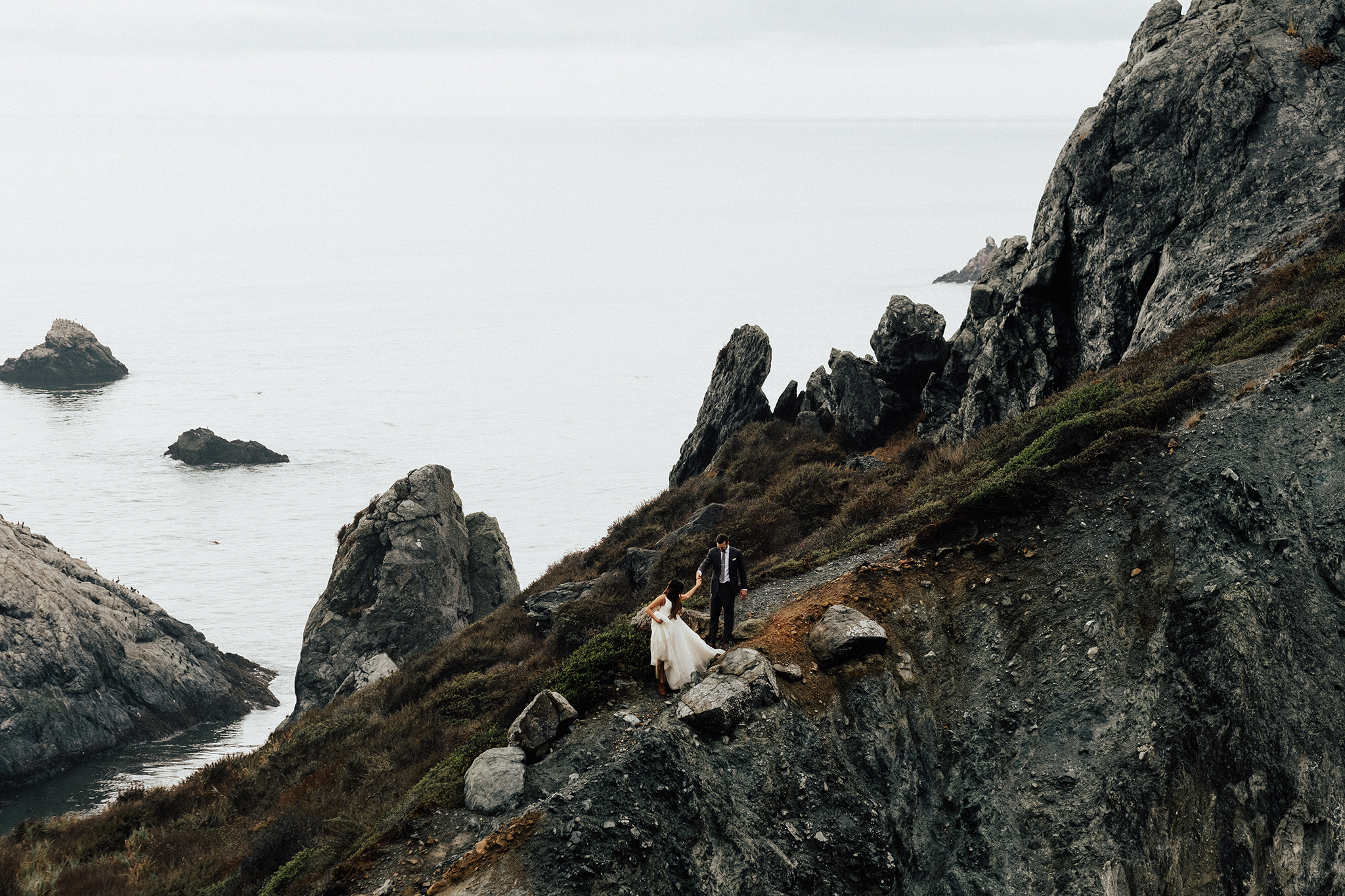 Big-Sur-National-Park-Elopement-Intimate-Wedding-Photographer (40).jpg