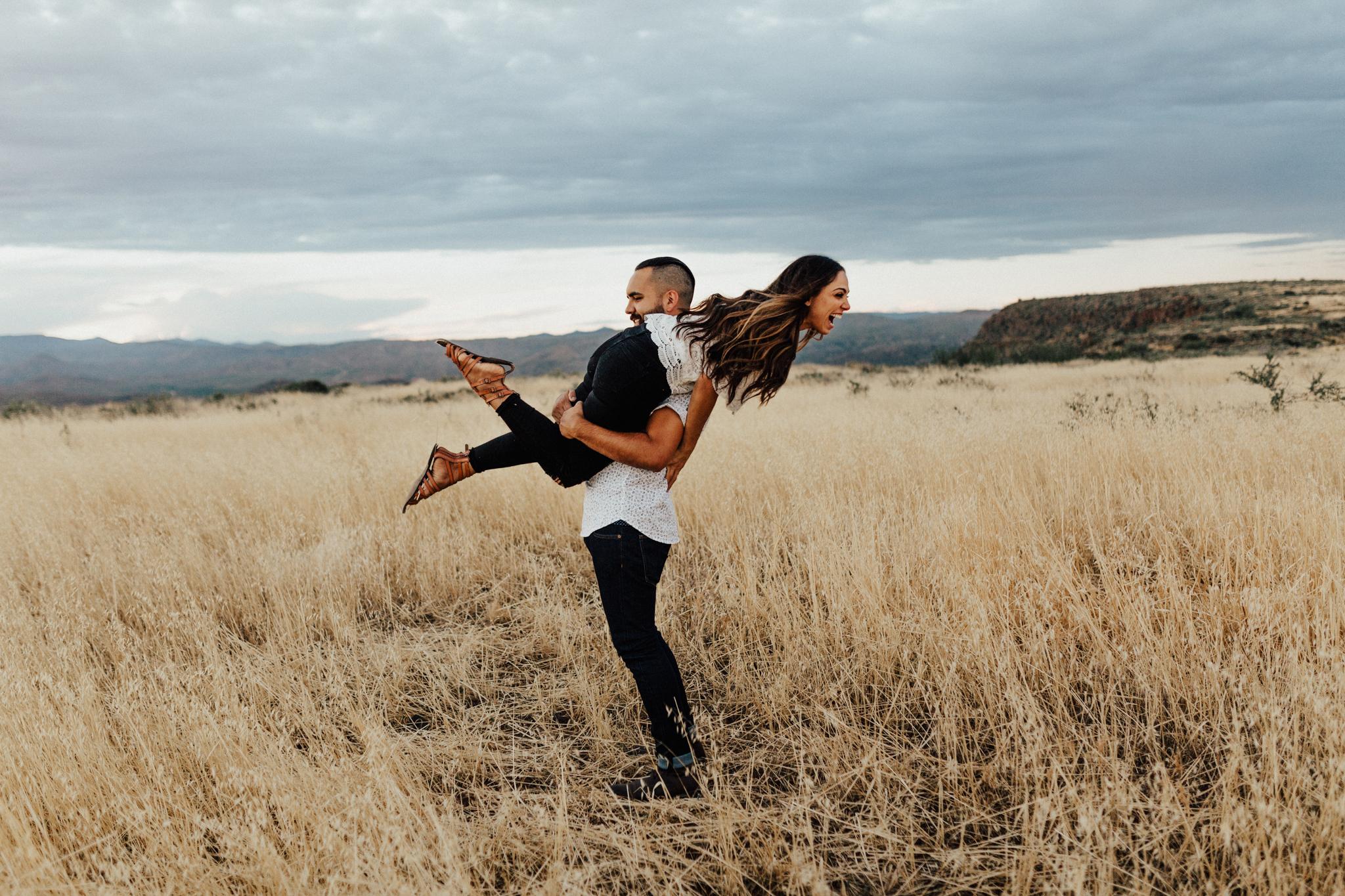 Arizona-Adventure-Elopement-Wedding-Photographer-10.jpg