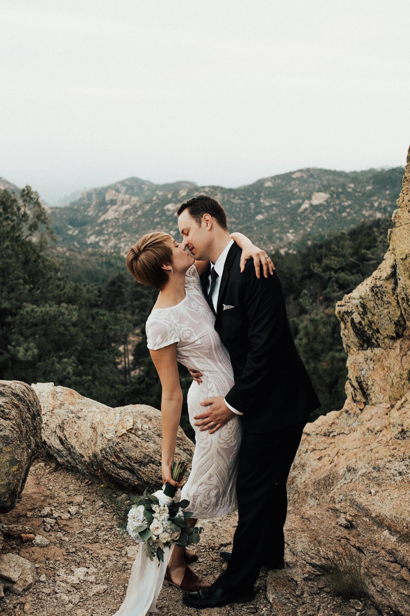 Arizona-Adventure-Elopement-Wedding-Photographer-155.jpg