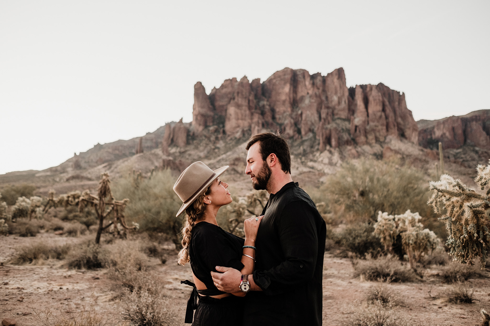 Arizona-Desert-Intimate-Wedding-Photographer-Lost-Dutchman-State-Park (2).jpg