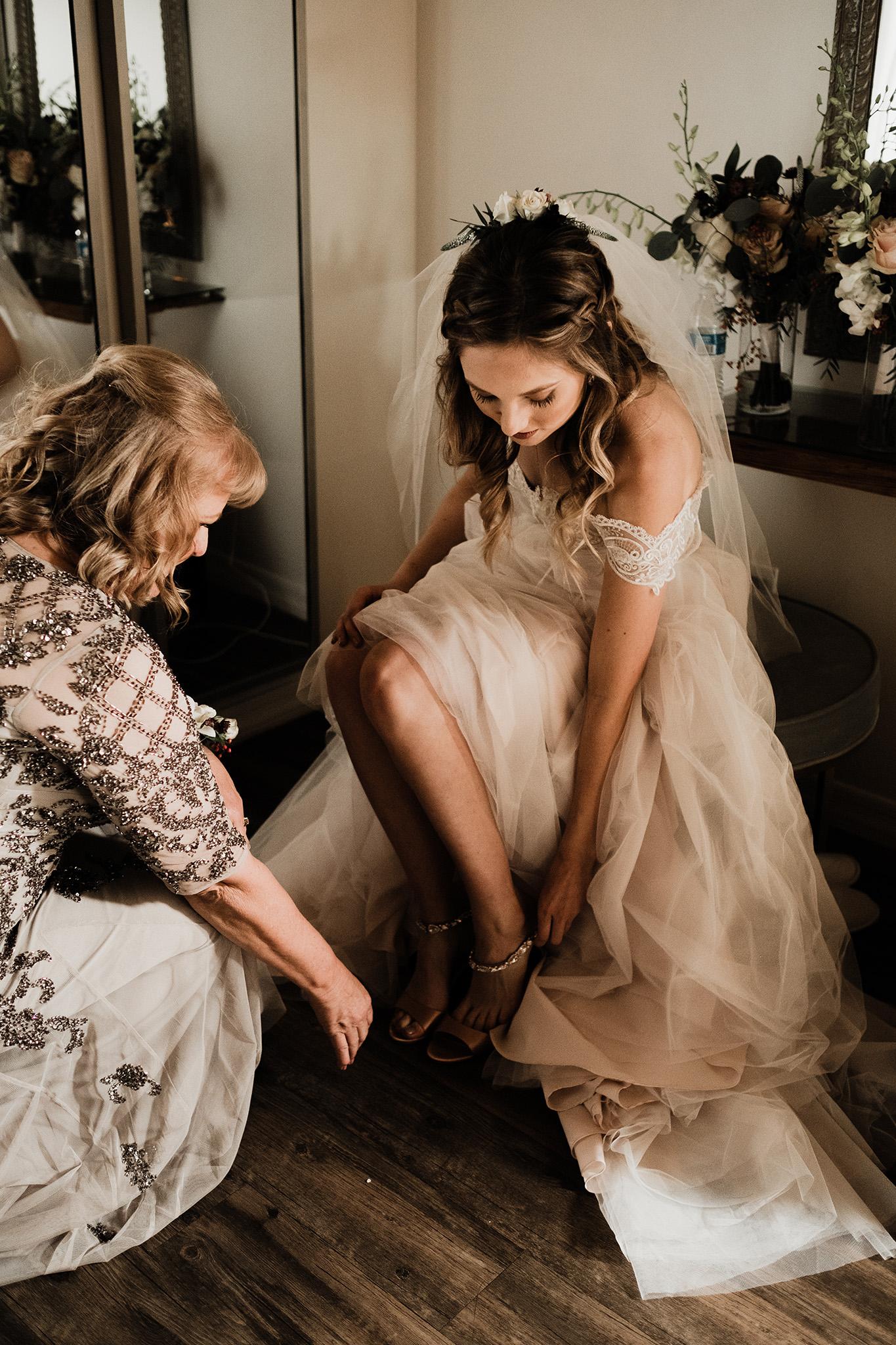 Arizona-Wedding-Photographer-Desert-Wedding-The-Paseo (11).jpg