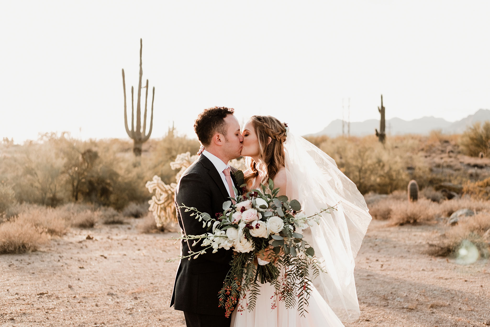 Arizona-Wedding-Photographer-The-Paseo-Venue27.jpg