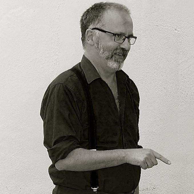 El escritor Grassa Toro. Foto de Vicente Almazán Arribas