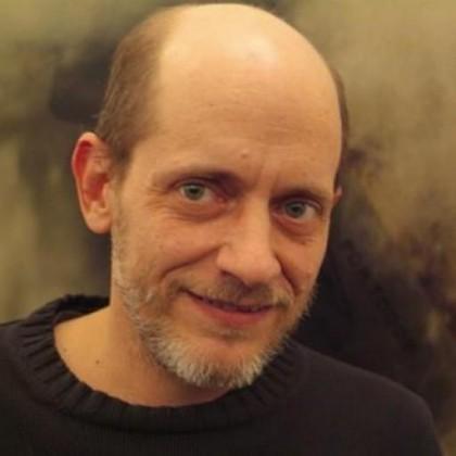 El escritor, poeta y librero Germán Machado