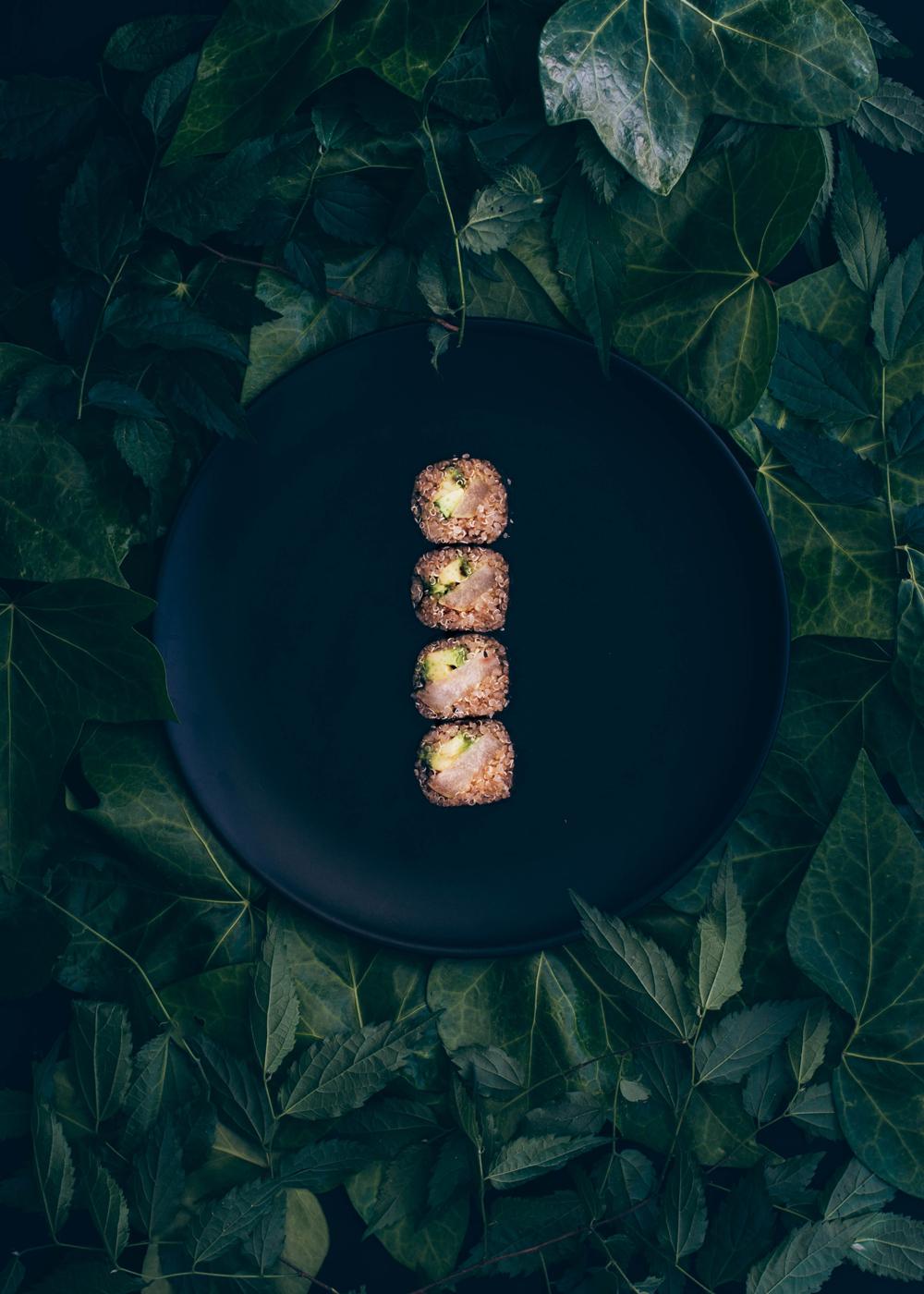 maki de quinoa, pera asada y aguacate - condospalillos