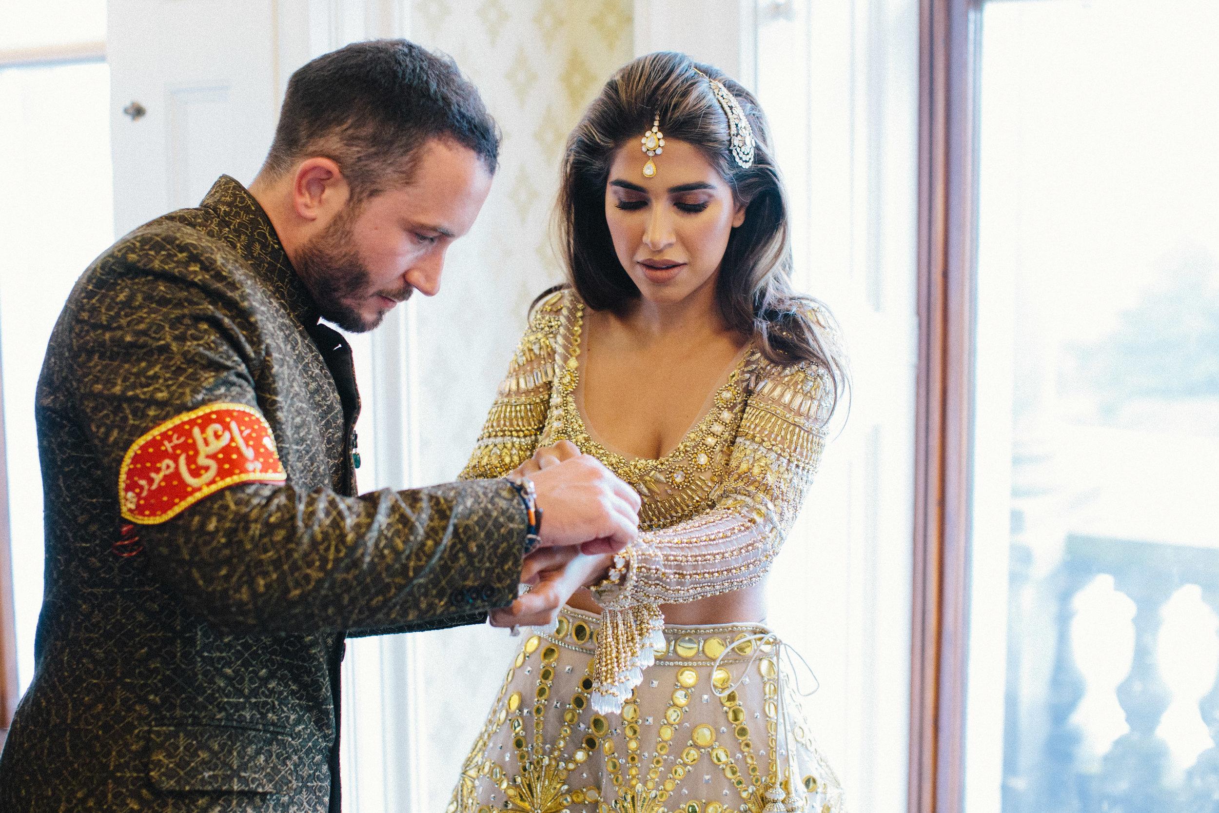 alternative asian Mehndi and wedding in Tatton Park - Michael Newington Gray-3.jpg