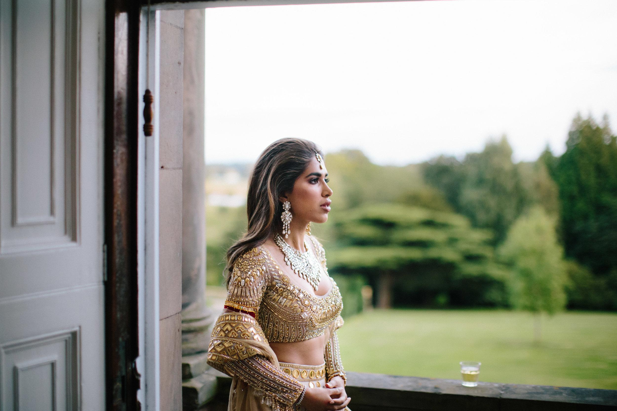 alternative asian Mehndi and wedding in Tatton Park - Michael Newington Gray-13.jpg
