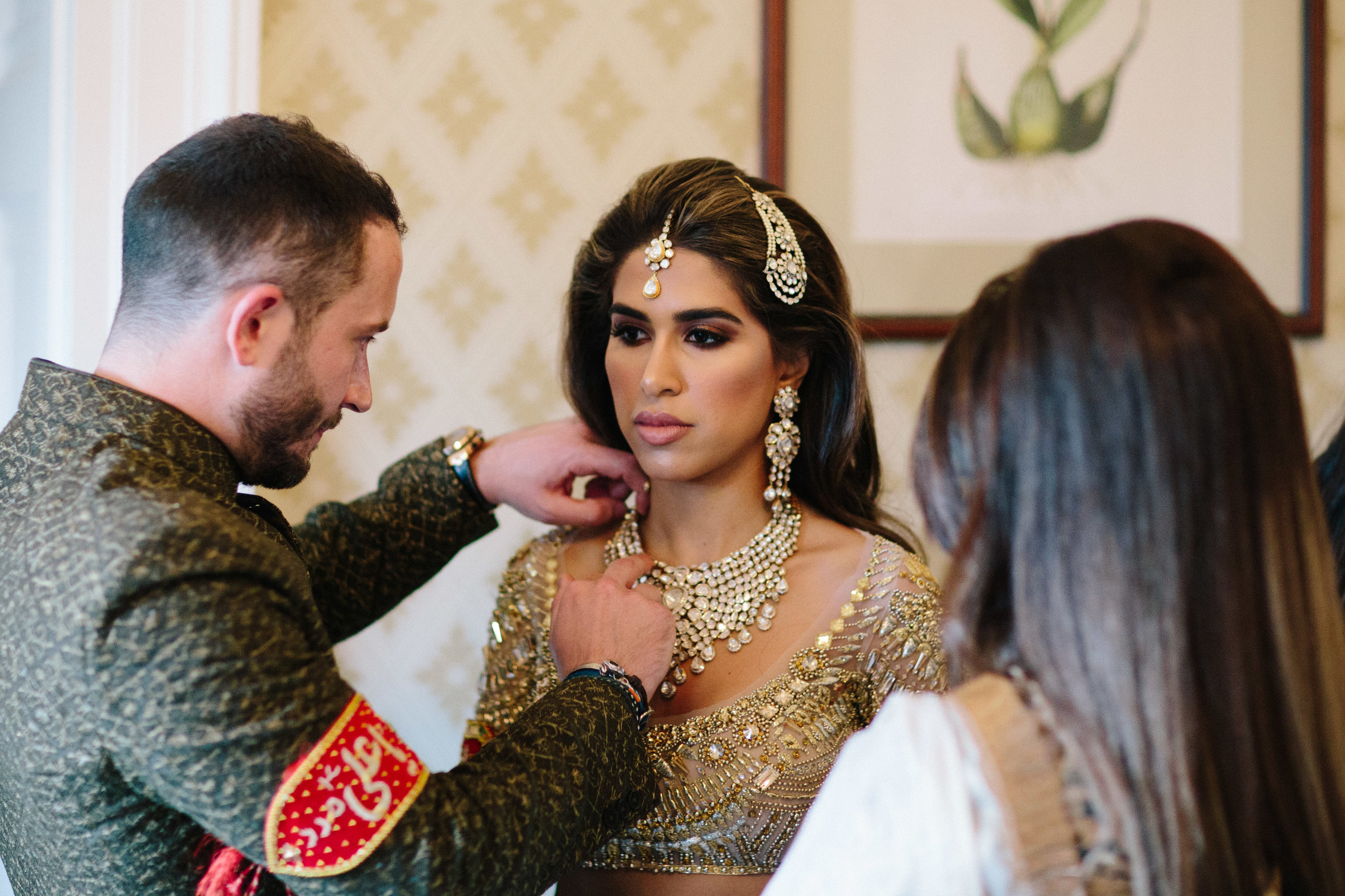 alternative asian Mehndi and wedding in Tatton Park - Michael Newington Gray-12.jpg
