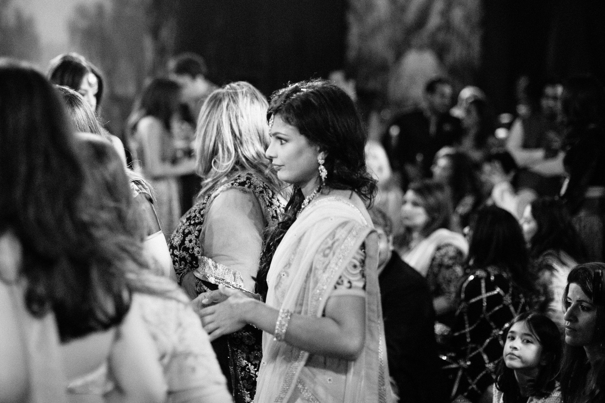 alternative asian Mehndi and wedding in Tatton Park - Michael Newington Gray-46.jpg