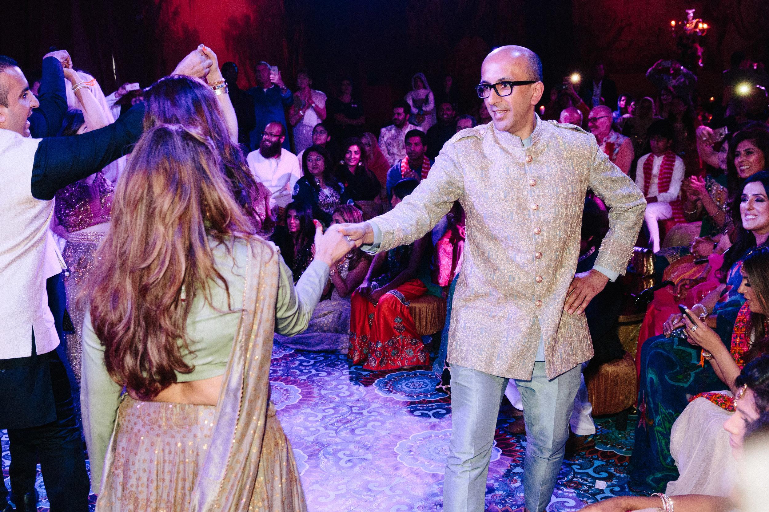 alternative asian Mehndi and wedding in Tatton Park - Michael Newington Gray-54.jpg