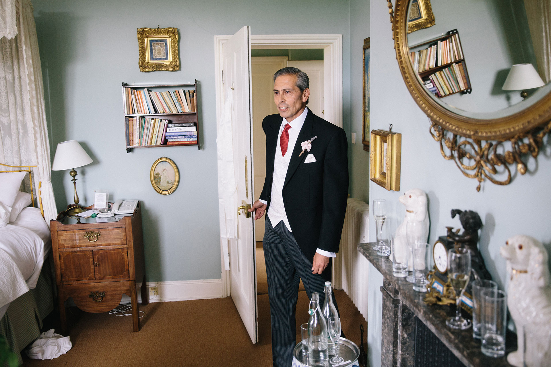 Langar-Hall-wedding-photographer-in-Nottinghamshire-Michael-Newington-Gray-23.jpg