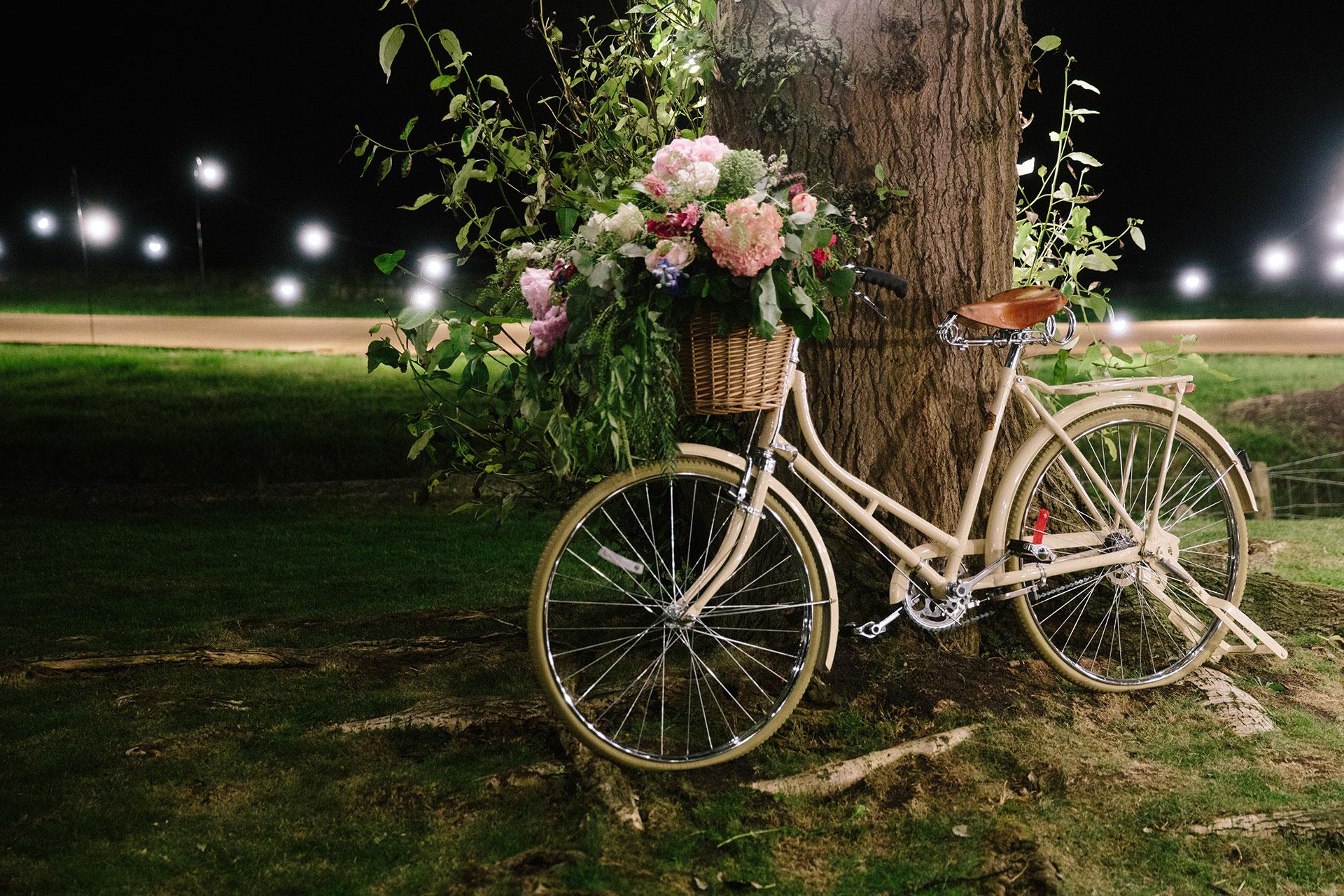Langar-Hall-wedding-photographer-in-Nottinghamshire-Michael-Newington-Gray-113.jpg