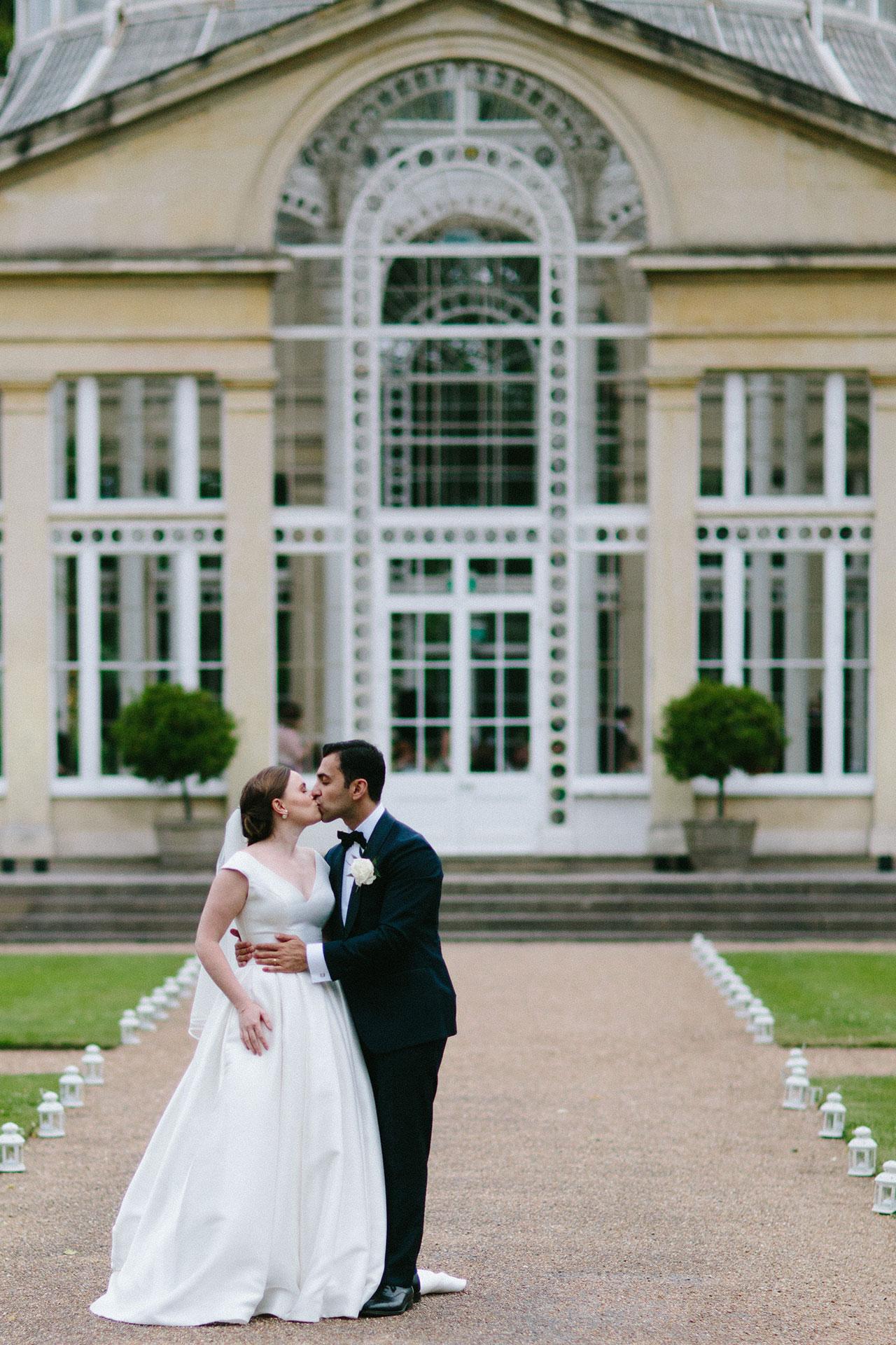 Syon-Park-Wedding-Photographer--_-Michael-Newington-Gray-432.jpg