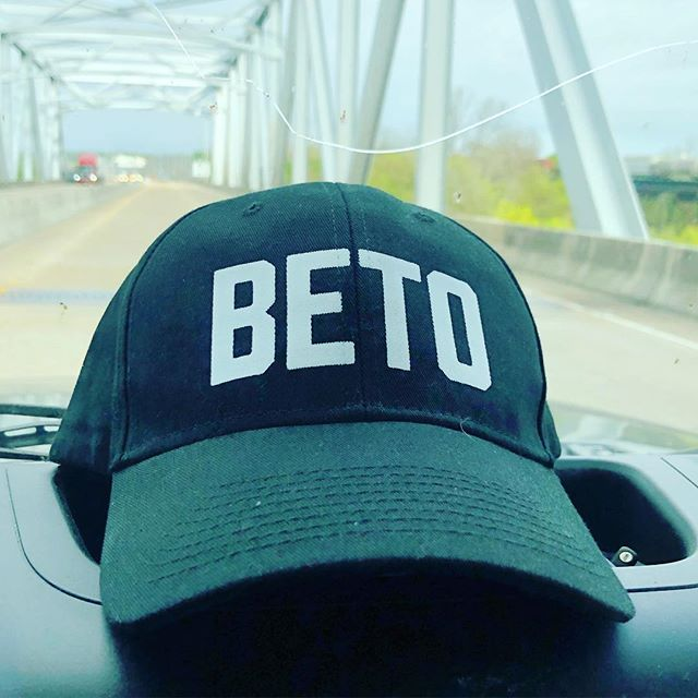 We're on the road to Austin for the Beto rally + our official merch arrived just in time ! Send good vibes our way 👍🏽 . . 🚙 8hr, 559mi . . #beto2020 #betoorourke #betoforpresident2020 #betoforusa #roadtrip #texas #election2020 #rally #betorally