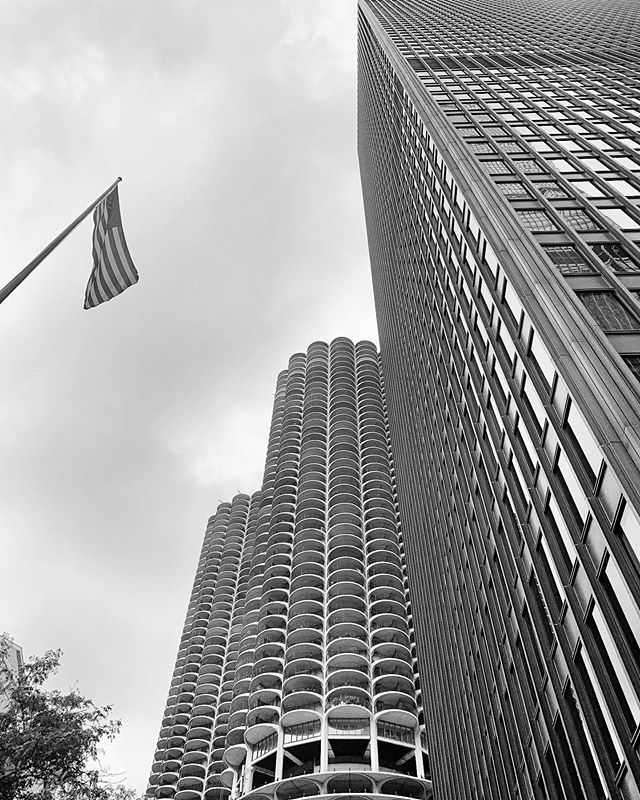 Ladies and gentlemen, Mr. Mies van der Rohe, joined by his less orthogonal associate Bertrand Goldberg. #chicago #seadogchicago #schluterlife thanks to Eric and the gang for a great trip