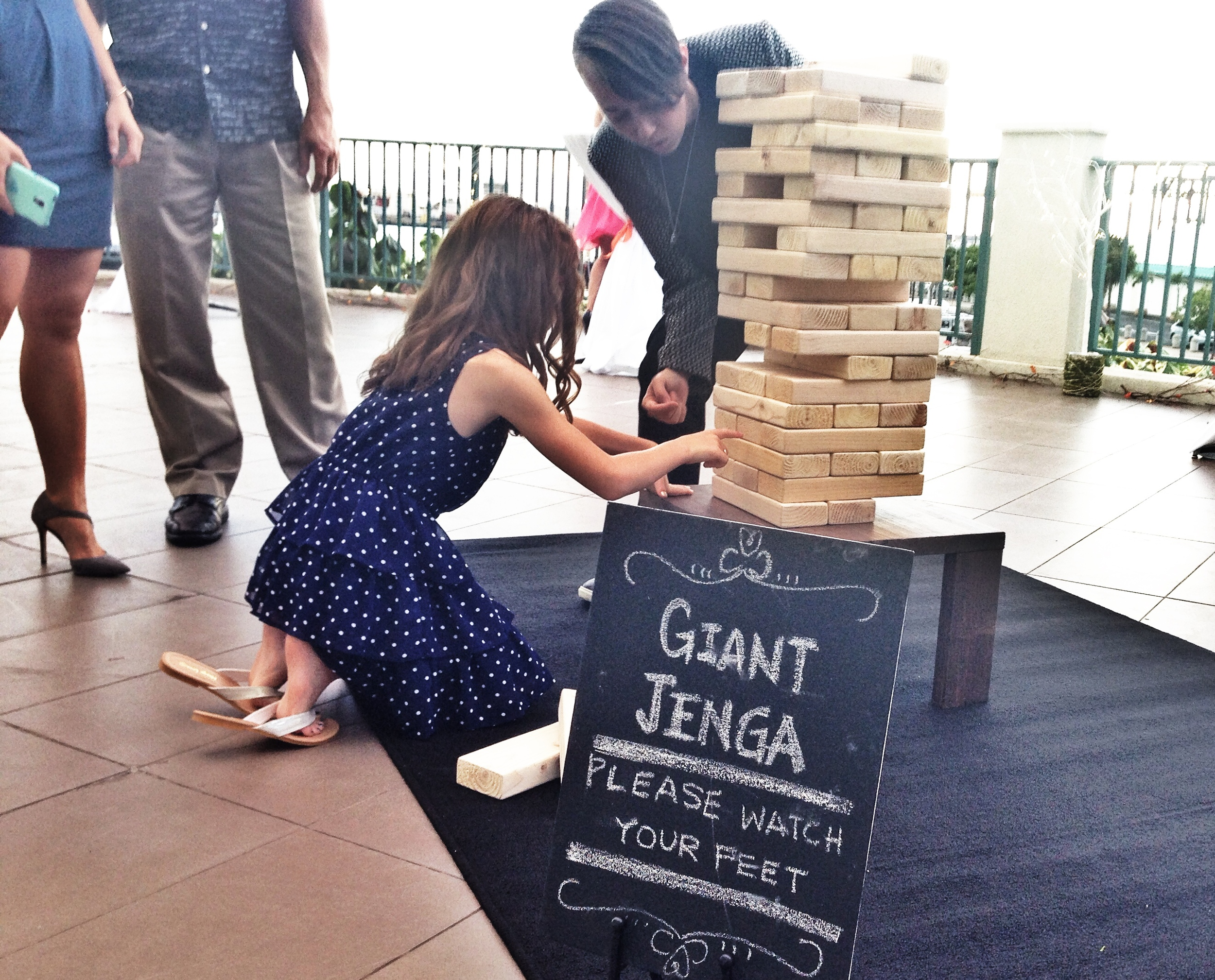 giant-jenga-wedding-game